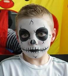 Gruselig Schminken Kinder - skeleton painting schminken in 2019