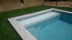 couverture piscine pas cher couverture piscine chaleur les piscines du net