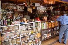 Ting Ting Gepuk toko sederhana klenteng 2 hoolo salatiga toko