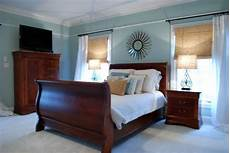 Bedroom Decorating Ideas With Wood Furniture by Realistic Bedroom Decor Bedroom B E D R O O M S In