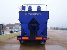 dmax garbage cde dmax mobile system the discharge chutes on the back