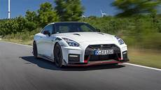 nissan 2020 hp 2020 nissan gt r nismo is a 600 hp track weapon page 2