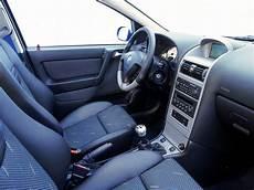 Interior Opel Corsa 3 Door C 2003 06