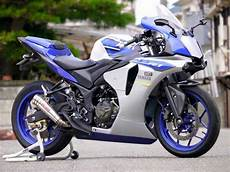 Modifikasi Yamaha R25 by Modifikasi Yamaha R25 Jadi Ala All New Yamaha R1 2015