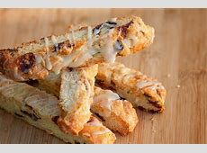 cranberry and almond biscotti with white chocolate drizzle_image