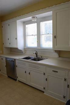 Painted Kitchen Furniture How To Painting Kitchen Cabinets