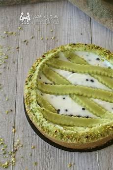 crostata al pistacchio crema pasticcera panna e ricotta e frutti di bosco the foodteller crostata al pistacchio con crema di ricotta e gocce di cioccolato mille 1 ricette