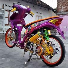 Modifikasi Honda Beat Fi Velg 17 by Modifikasi Honda Beat Velg 17 Drag Racing Lowrider Dan