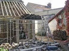 astuces travaux de toiture co 251 t d une r 233 fection de toiture