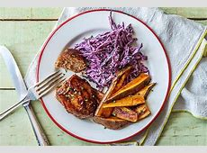 mini meatloaves with baked sweet potato chips_image
