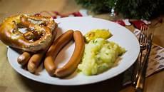 traditionelles weihnachtsessen deutschland weihnachtsessen das essen die deutschen am liebsten zu weihnachten de
