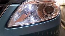 how to replace a headlight bulb in skoda fabia skoda