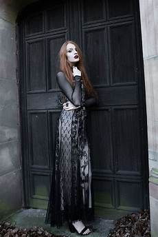 466 best dark beauty gothic high fashions images on pinterest dark beauty darkness and gothic