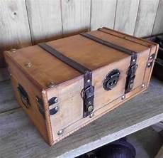 alte koffer deko vintage deko koffer kiste beekmann 180 s interieur
