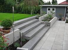 Terrassen Treppen In Den Garten - moderne g 228 rten haufler baumschule und gartengestaltung