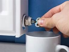 heizung richtig entlüften gut zu wissen sanit 228 r service souschek