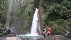 Air Terjun Berombak Di Lombok Utara