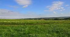 Berbagai Cara Memanfaatkan Alam Lingkungan Potensial Di