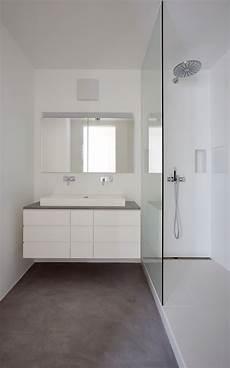 boden beton farbe boden b 233 ton cir 233 original in einem kleinen bad farbe 63