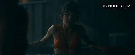 Sheila Vand Nude