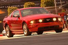 2005 Ford Mustang Convertible Road Test Review