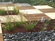 pavimenti in legno per giardini posa di pavimenti in legno per esterni vicenza