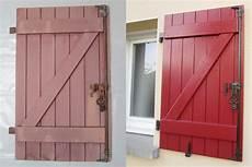 couleur de peinture pour volets en bois repeindre des volets bois au 303 home deco