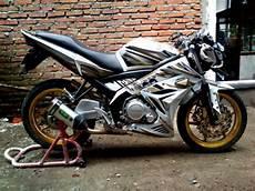 Yamaha Xabre Modif Ducati by Modif Striping Vixion Putih Ala Ducati Motogp Motoblast