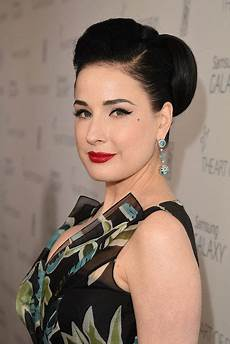 Dita Teese Height Weight Statistics Healthy