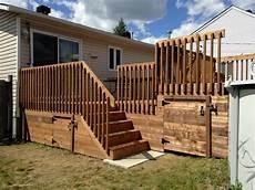 balcon bois extérieur balcon en bois trait 233 brun