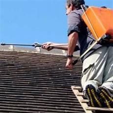 comment demousser une toiture prix d un d 233 moussage de toiture