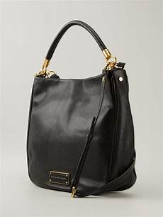 marc by marc to handle hobo bag in black