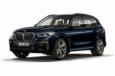 look 2020 bmw x5 m50i and x7 m50i