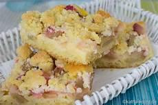 Rhabarberkuchen Mit Pudding Und Streusel - rhabarberkuchen mit vanillepudding vom blech food and