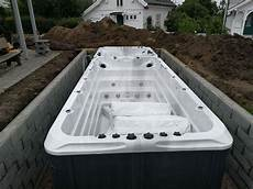 swim spa versenken whirlpool outdoor haus bauen