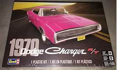 revell 1970 dodge charger r t 1 25 scale plastic model car