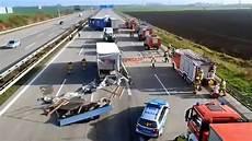 Autobahn Unfall Heute - schwerer lkw unfall autobahn a2 magdeburg 06 11 2014