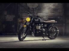Triumph Cafe Racer Black