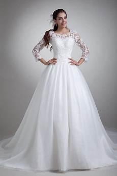 robe de mariée dentelle manches longues robe mari 233 e manches longues dentelle
