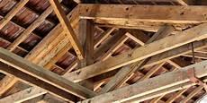 renovation charpente prix prix de r 233 novation d une charpente co 251 t devis et conseils