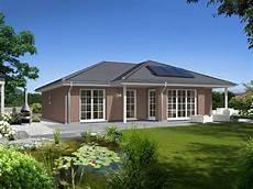 bungalow 128 town country haus musterhaus net