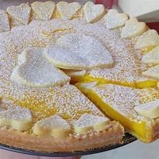 Crema 2 Tuorli | crostata con crema di limonescaldare 300ml latte sbattere 2 tuorli con lo zucchero aggiungere