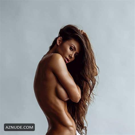 Michie Peachie Nude