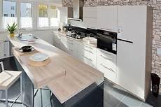 zweizeilige küche modern beckermann musterk 252 che moderne zweifarbige zweizeilige