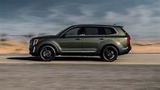 2020 kia telluride lx the 2020 kia telluride is a handsome three row suv with