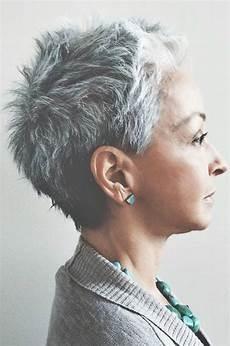 kurze haare grau fans grauer haare aufgepasst diese 11 kurzhaarfrisuren