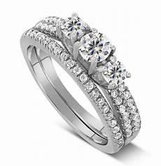2 carat trilogy design three stone wedding ring