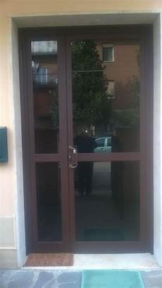 porta d ingresso in vetro porte a vetro condominiali modena fb di bizzarri franco