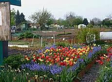 éclairage de jardin jardins familiaux wikip 233 dia