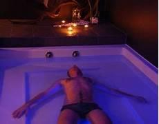 Floating Schwerelos F 252 R Ruhe Entspannung Mydays